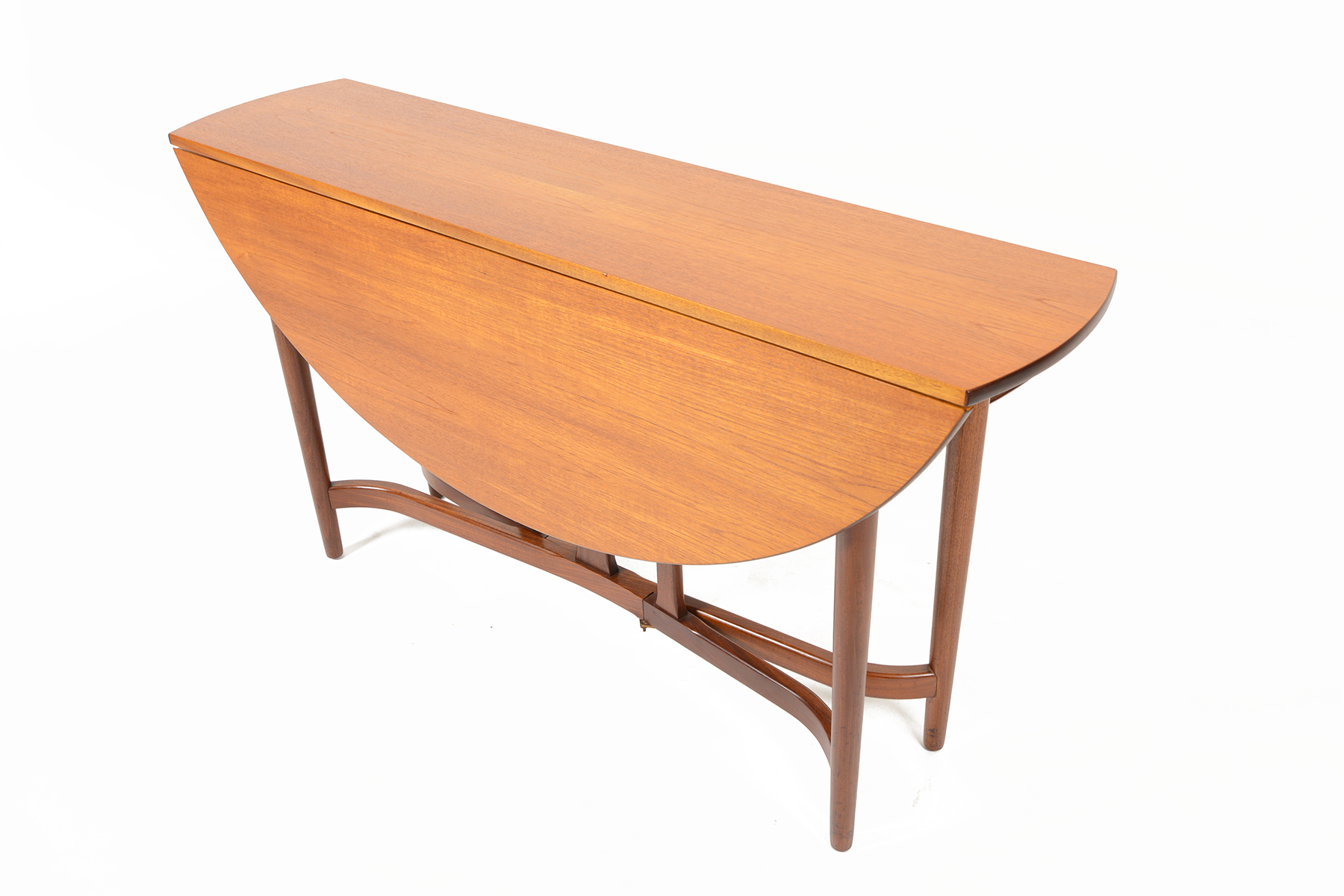 leaf oval dining table 3500 this gorgeous drop leaf dining table is